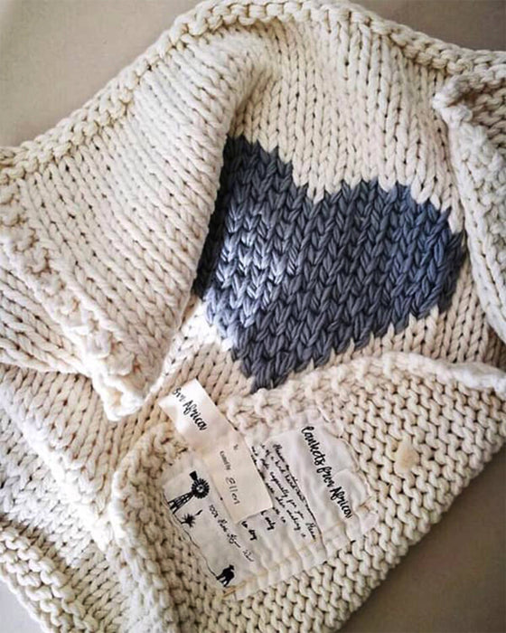 Heart Luxury Knitted Throw Blanket