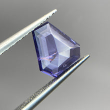 Load image into Gallery viewer, Create your own solitaire ring: 1.74ct shield rosecut violet/blue Umba sapphire