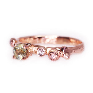 """Morgaine"": 14K rose gold bicolor Montana sapphire & diamond ring"