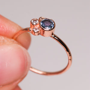 Flora ring with blue Montana sapphire in 14K rose gold (one of a kind)
