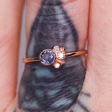 Load image into Gallery viewer, Flora ring with blue Montana sapphire in 14K rose gold (one of a kind)