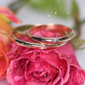 Ethereal ring: 14K yellow/rose gold eternity ring with 1–5 diamonds (salt and pepper or recycled white)
