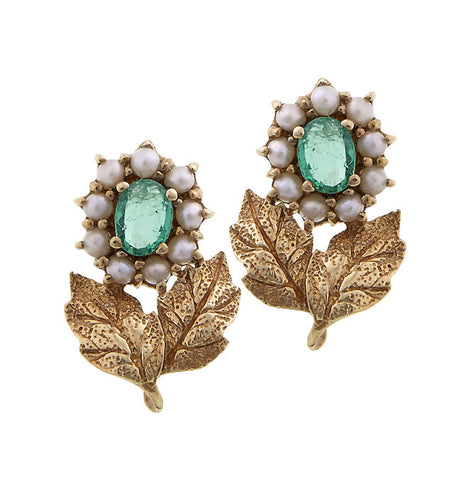 Petite Stud floral earrings wth semi precious stones (Emerald)