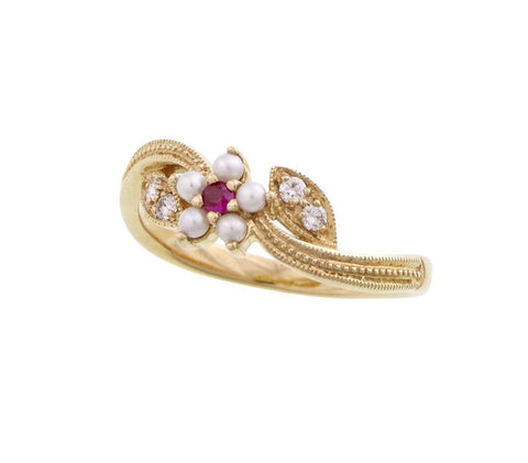 Flower and Leaves Ring (Ruby)