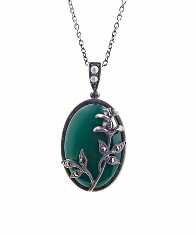 Oval agate pendant with tall rose ( Green Agate )