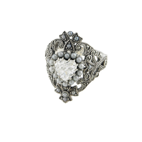 Sentimental Heart Ring with Swarovski Crystal