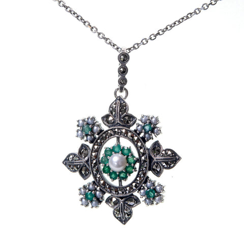 Snow Flake Pendant (Emerald)