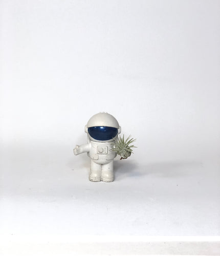Magnetic Concrete spaceman