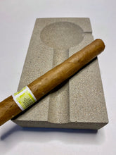 Load image into Gallery viewer, CONCRETE CIGAR ASHTRAY