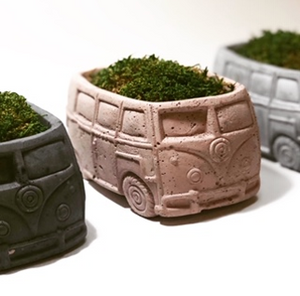 CONCRETE BUS PLANTER