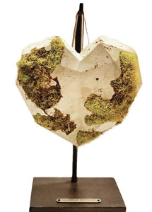 CONCRETE+MOSS HEART