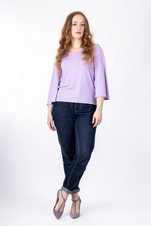 Scoop neck pattern expansion for Vera shirt, in lilac with wide three quarter sleeves, full front view