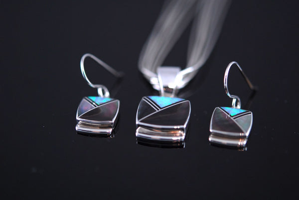 Black Tahitian Inlay Earrings and Pendant Set