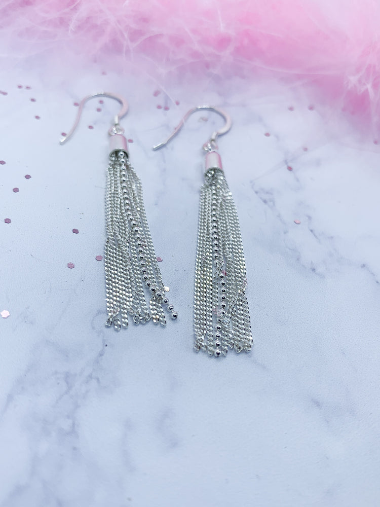 Tassel earrings - Eve & Flamingo