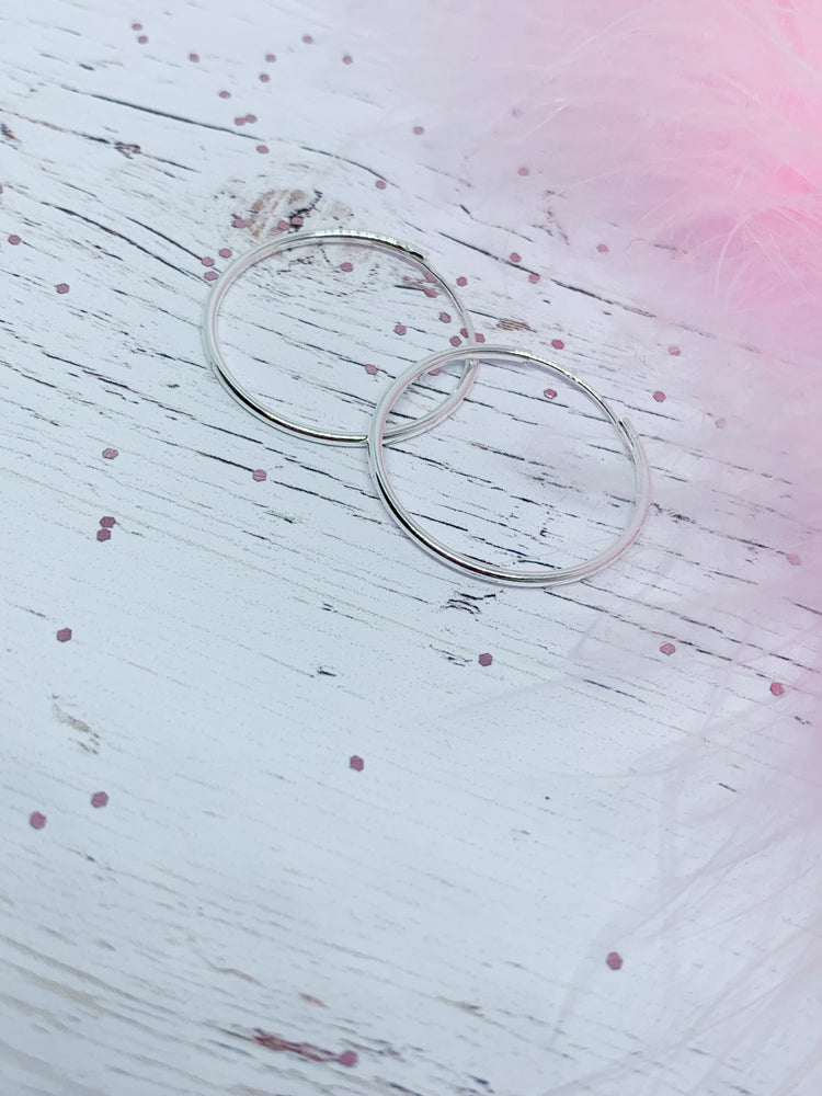 Hoop earrings - 24mm - Eve & Flamingo