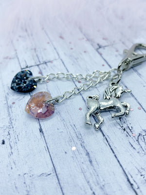Amethyst keyring with unicorn charm - Eve and Flamingo