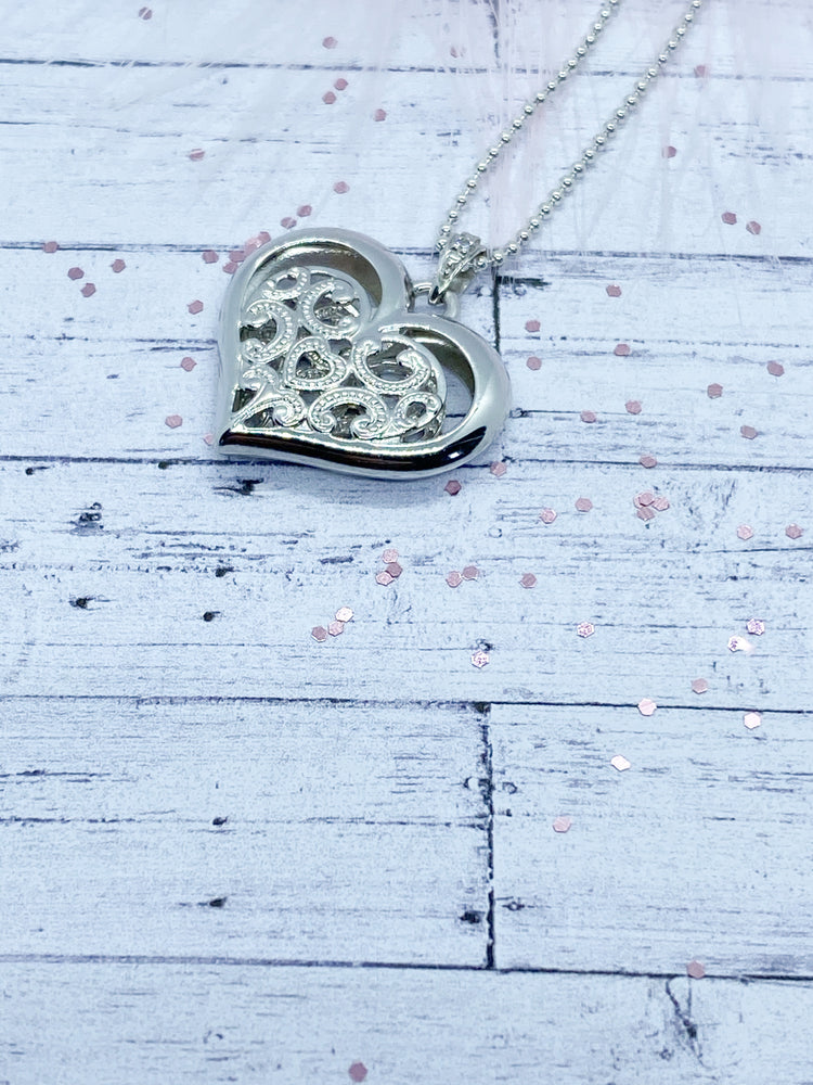 Sterling Silver Lace Heart Pendant | Eve and Flamingo