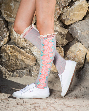Powder knee socks - Eve & Flamingo
