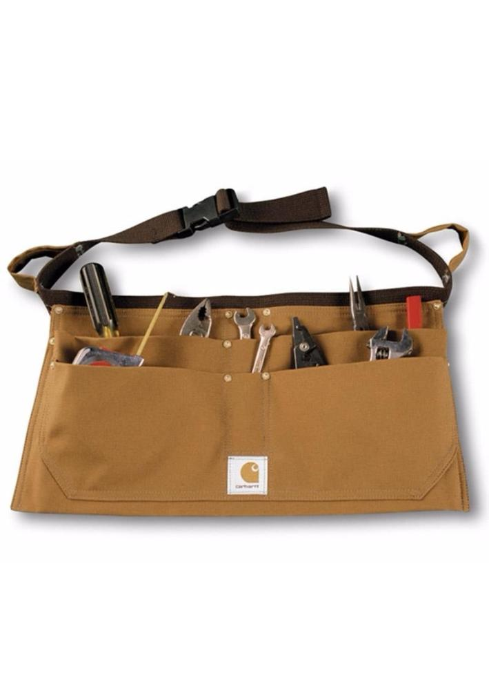 Carhartt brown unisex work tool belt with 4 large pockets.