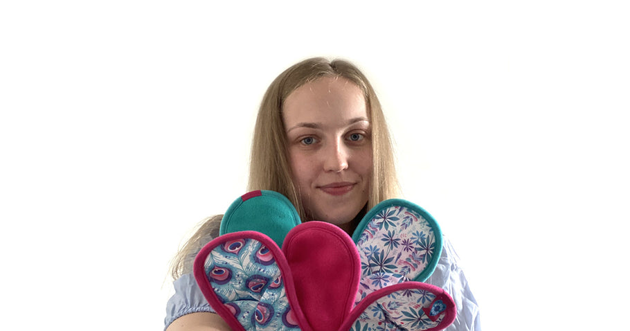 Elizabeth shares her Bloom & Nora reusable cloth-pad story