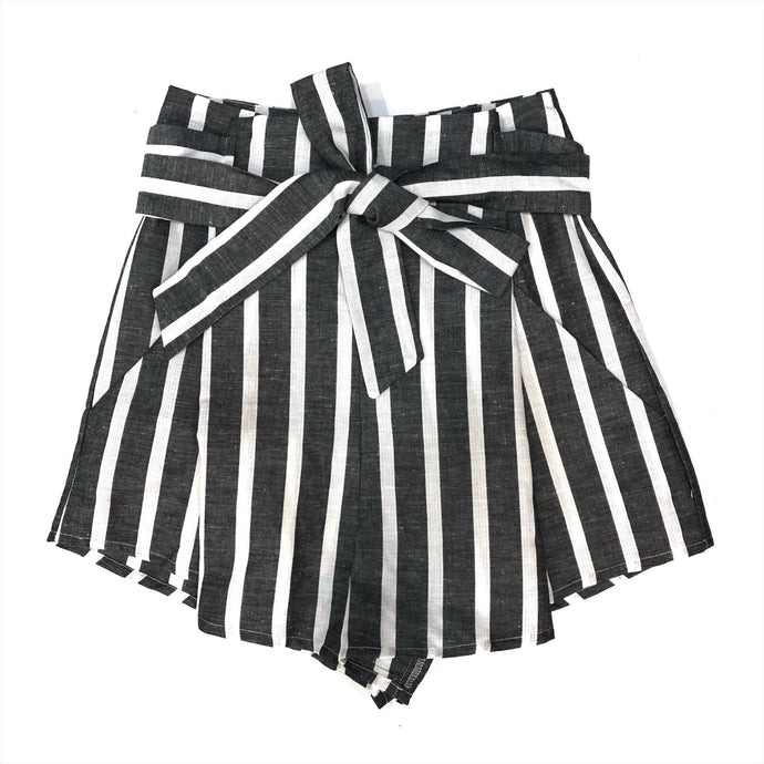 Paperbag Shorts In Stripe