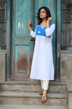 Load image into Gallery viewer, White Kurti
