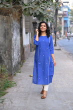 Load image into Gallery viewer, Blue Kurti