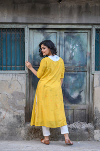 White Handloom Kurta with Yellow Shrug