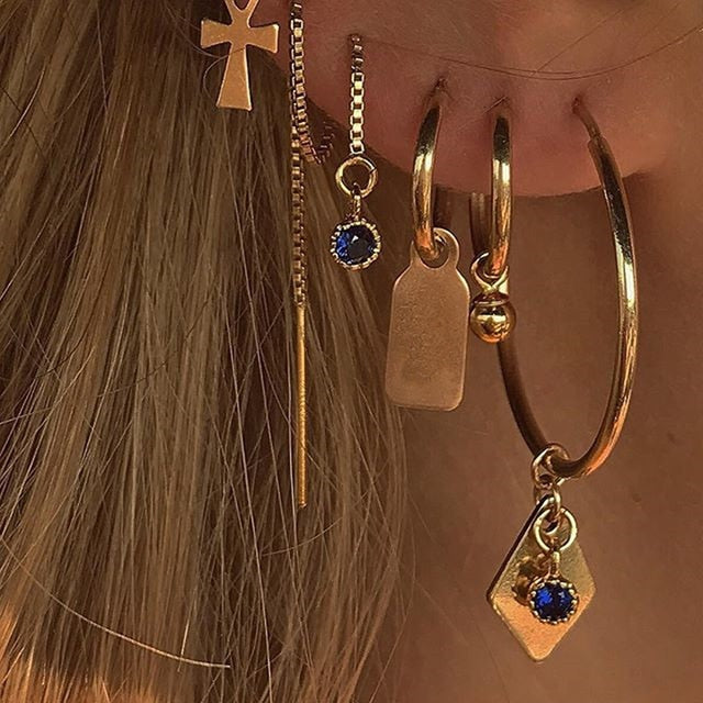 Gala's Cross Earrings Set