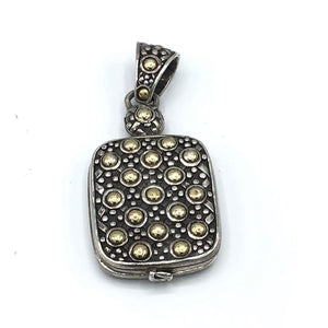 C John Hardy Locket