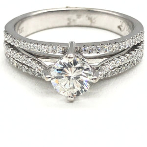 14kt approx. .72ct H SI1 Diamond Engagement Ring 1.09tcw