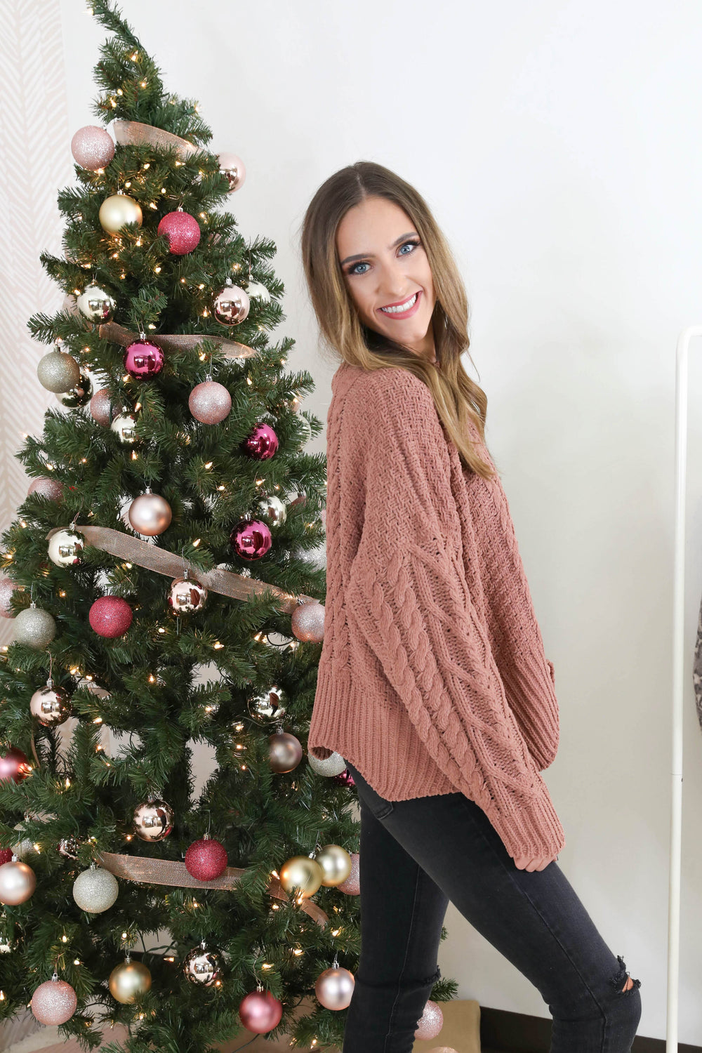 Beauty & Grace Scalloped Hem Sweater