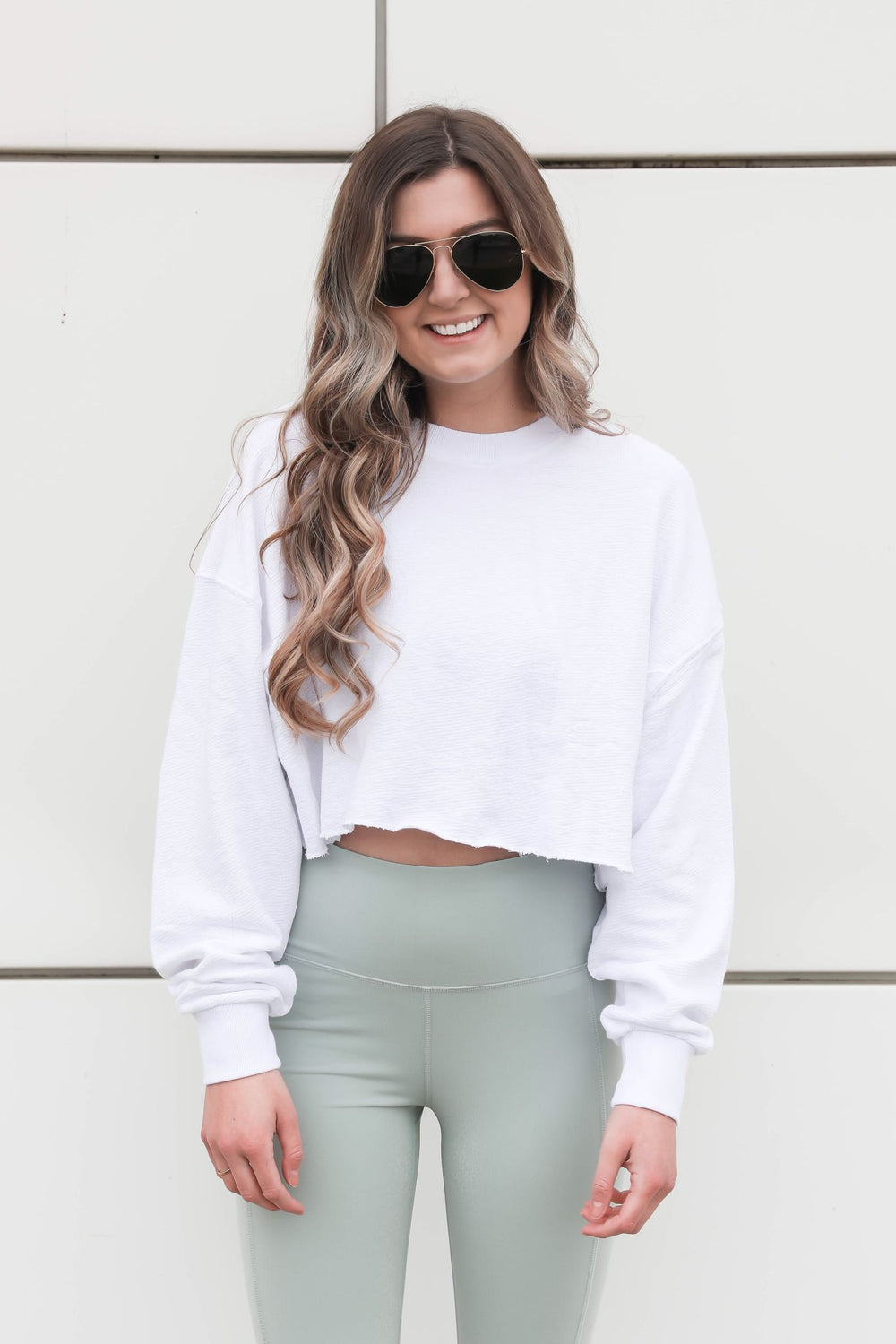 Distressed Cropped Sweatshirt - White