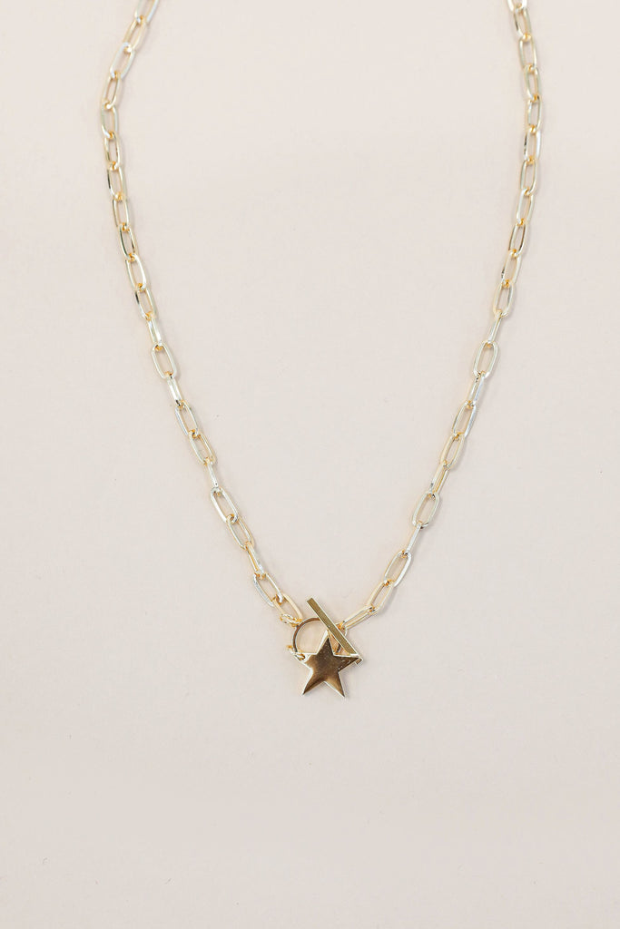 Star of the Show Gold Necklace