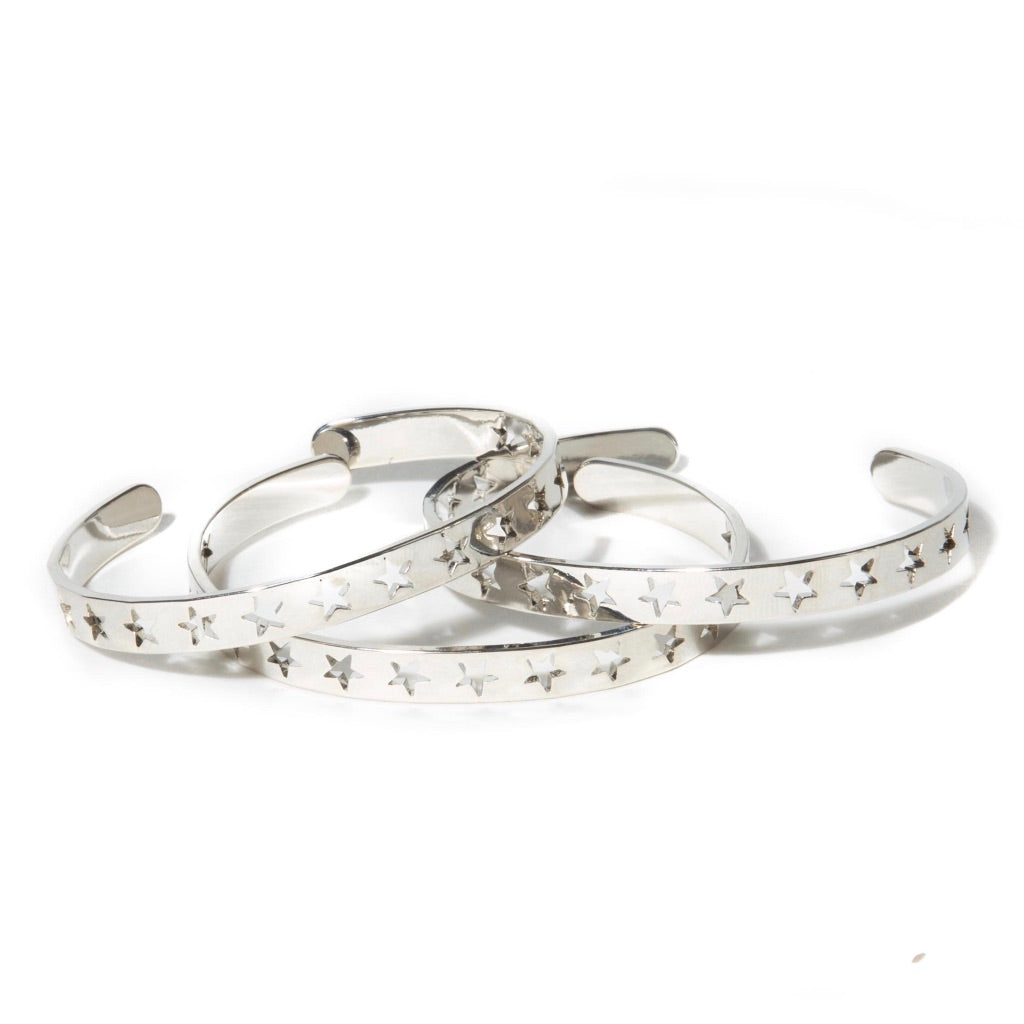 PERFORATED STAR CUFF (SET OF THREE)