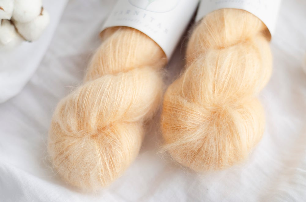 Amber Honey / Silky Mohair Lace