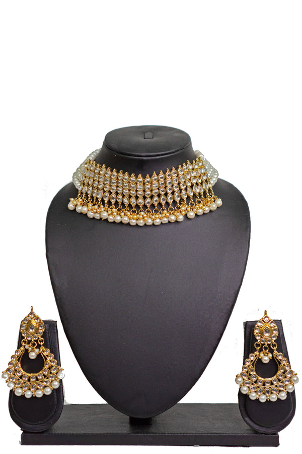 """Farhana"" Pearl Kundan Necklace Set"