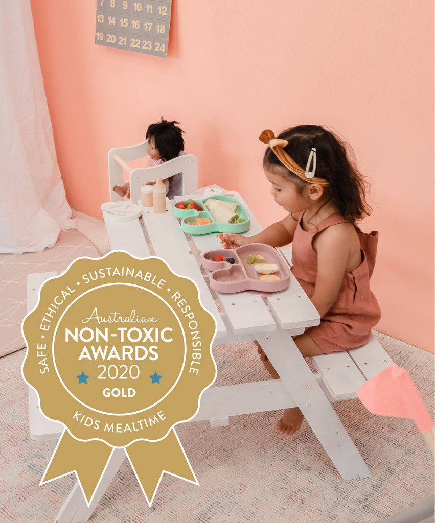 Stickie Plates Awarded Gold in the Non-Toxic Awards