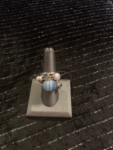 Fashion Ring with gemstones