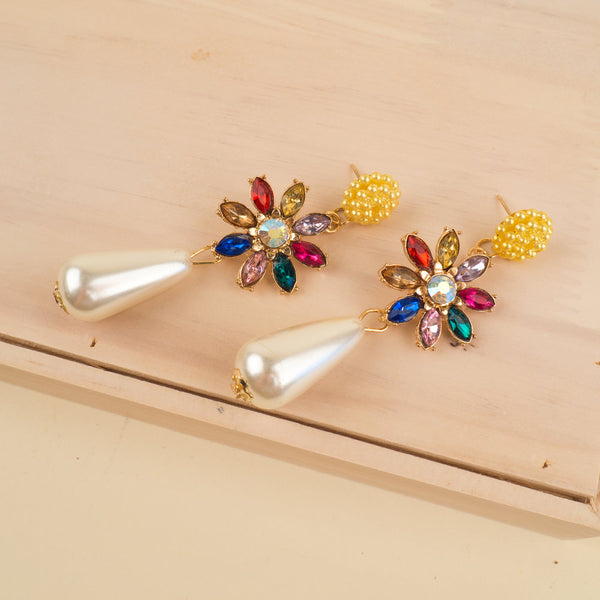 Daisy Pearl Drop Earrings