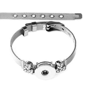 New Stainless Steel Musical Note Charms on Sandy Snap Bracelet