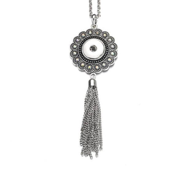 Sandy Snap Crystal Pendant With Tassels