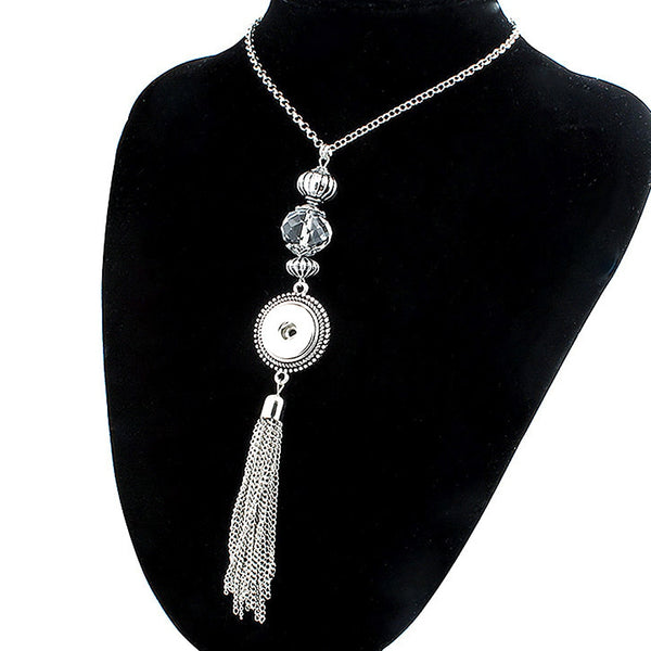 Crystal Vintage Metal Tassel Sandy Snap Necklace