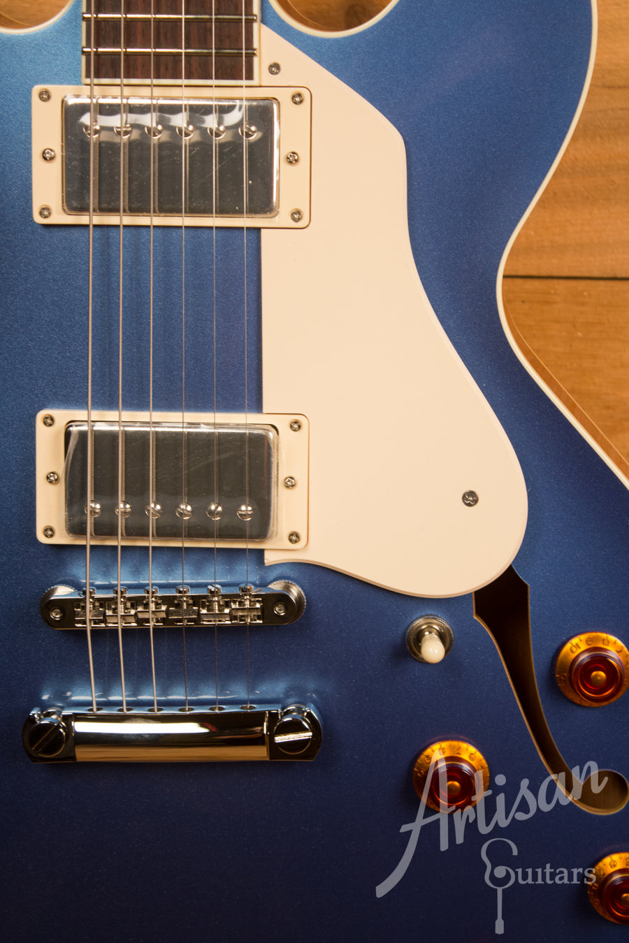 Collings I-35 in Pelham Blue Finish with Parallelogram Inlay and Lollar Humbuckers ID-11537