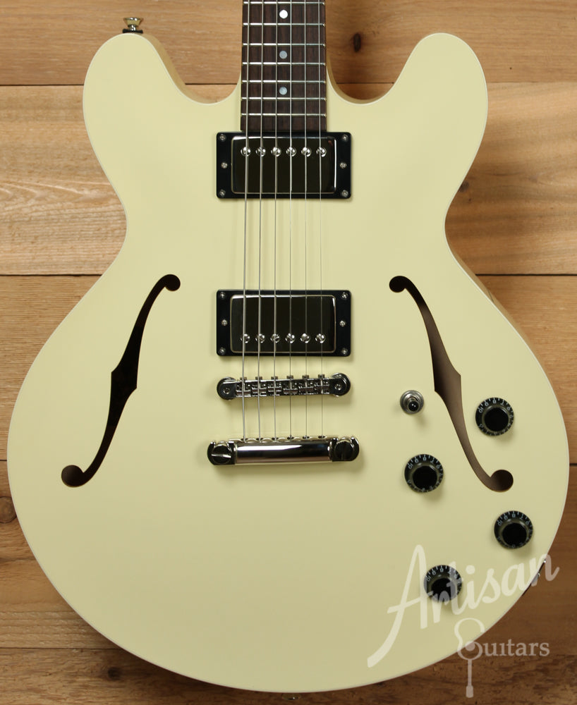 Collings I 35 LC Guitar Laminate Construction Premium Cream Finish with ThroBak Pickups ID-9431 - Artisan Guitars