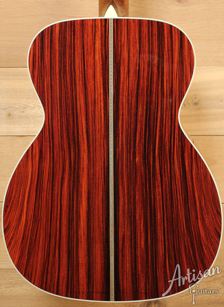 Collings OM2H Cocobolo A Adirondack Spruce and Cocobolo ID-7447 - Artisan Guitars