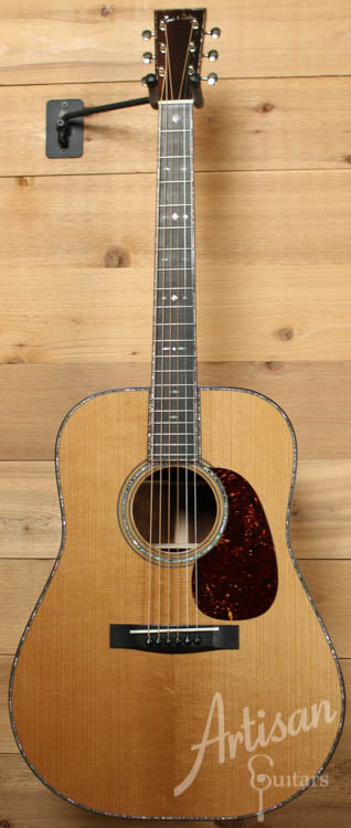 Huss and Dalton TD R Thermo Cured Appalachian Red Spruce and Brazilian Rosewood with Hot Hide Glue ID-8530 - Artisan Guitars