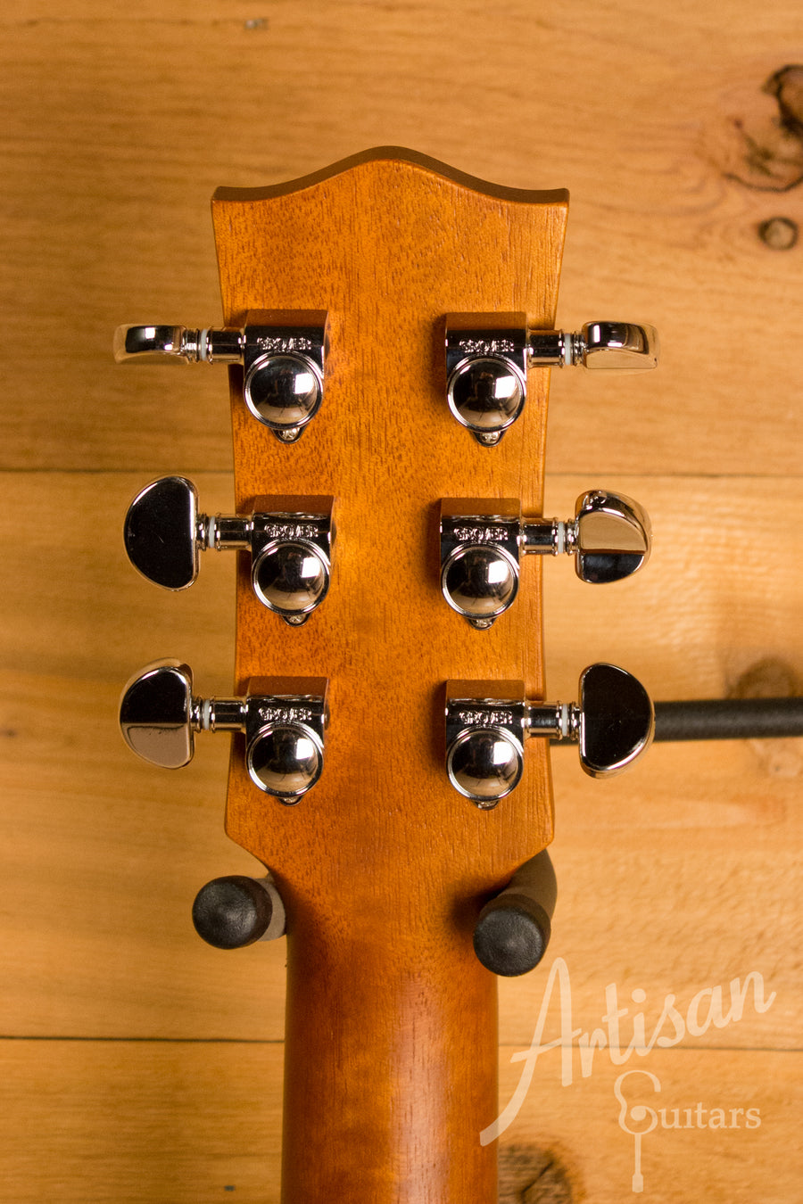 Maton EMD 6 Mini Maton Diesel Guitar Sitka with Blackwood and Vintage Amber Sunburst ID-10822 - Artisan Guitars