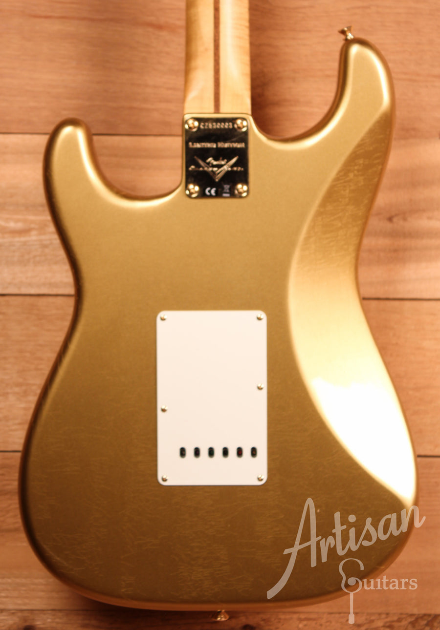 Fender Custom Shop Limited Edition Closet Classic HLE Stratocaster HLE Gold Finish ID-11131 - Artisan Guitars