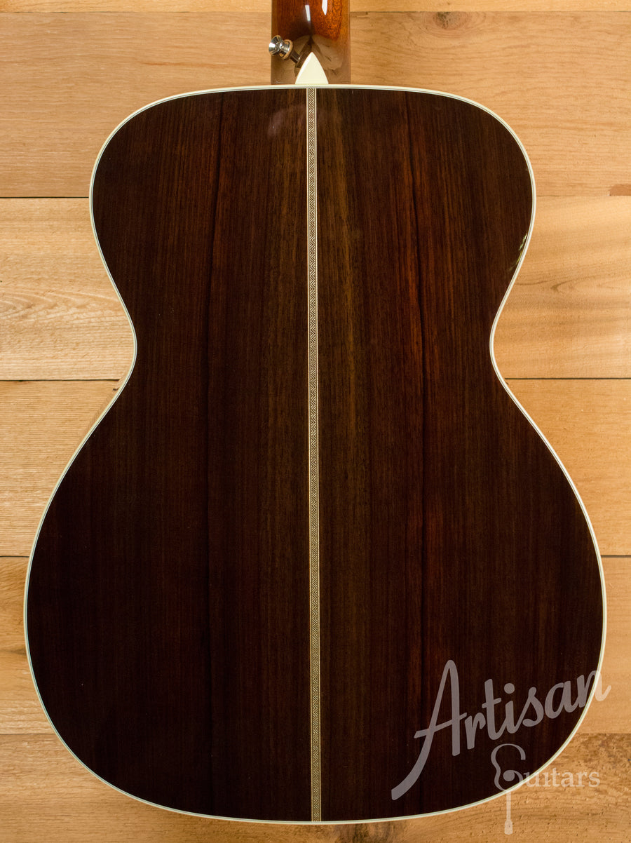 Collings Custom OM2H G Guitar German Spruce and Indian Rosewood Pre-Owned 2009 ID-11114 - Artisan Guitars